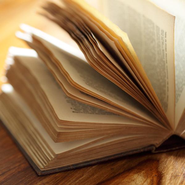 篠田桃紅さんの著書についてのご紹介です